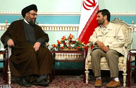 Hassan Nasrallah och Mahmoud Ahmadinejad - numera två av Mohamed Omars ledstjärnor.