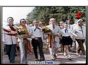 Honecker (mitten) och Arafat (höger)